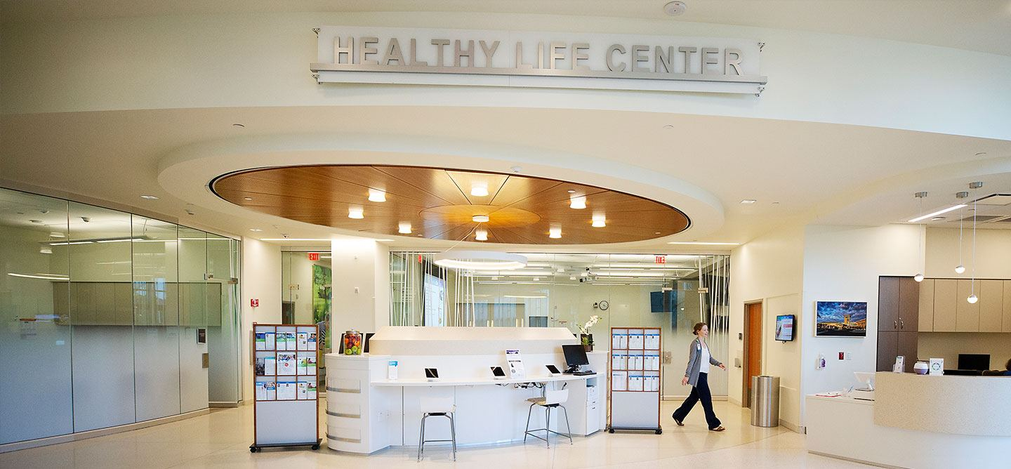 Healthy Life Center Coconut Point lobby